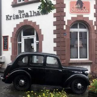 Cafe Sherlock im Kriminalhaus Hillesheim
