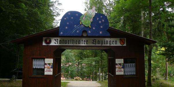 Eingang zum Naturtheater Hayingen.