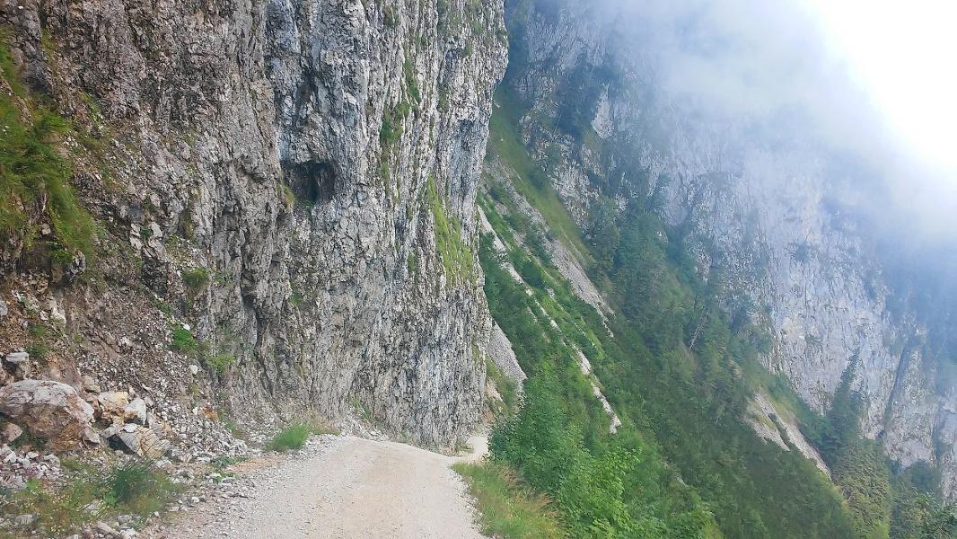 Abstieg nach Schmelz kurz vor Rossgassboden
