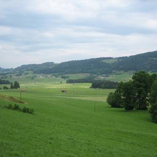 Das Osterrieder Tal hinter Großdorf