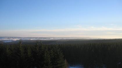Der eher unauffällige Schneifelhöhenzug vom Weißen Stein aus betrachtet
