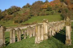 Judenfriedhof bei Hohebach   - © Quelle: Touristikgemeinschaft Hohenlohe e.V.
