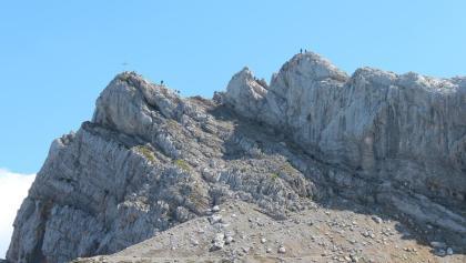 Die Westliche Karwendelspitze (links)