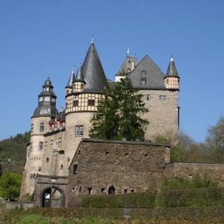 Schloss Bürresheim
