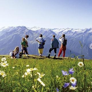 Ausblick vom Gipfel des Wildkogel (2.224 m) mit tollem Ausblick