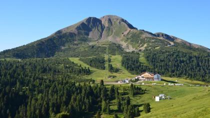Das Schwarzhorn und das gleichnamige Hotel