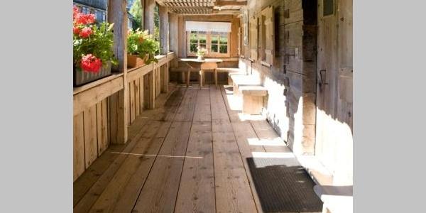 Gadoschopf (eine Art Veranda, üblich bei alten Bregenzerwälder Bauernhäusern).