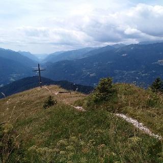 Cima Durmont e panorama verso la Val del Chiese