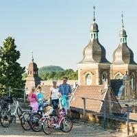 Herzogenrath Doppeltürme der Kirche