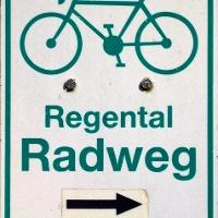 Markierung des Regental-Radweges