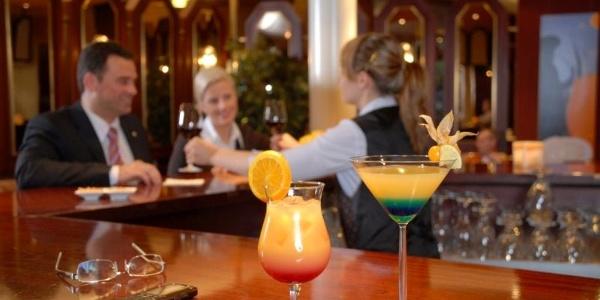 Bar im Golden Tulip Bielefeld City