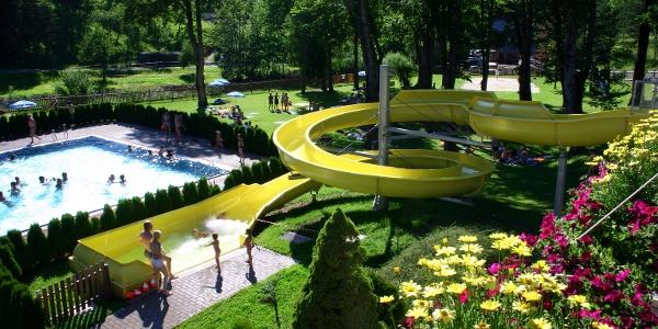 Wasserrutsche im Parkbad