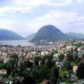 Blick über Lugano auf den