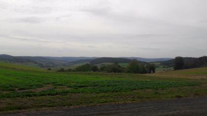 Blick von der Anhöhe zwischen Obergude und Metzebach nach Süden