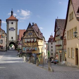 Das Plönlein in Rothenburg o.d.T. mit dem Sieberstor und dem Kobolzeller Tor