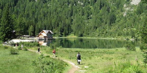 Trekking al Lago di Nambino.
