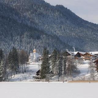 Ortsansicht Weißensee im Winter