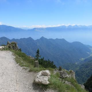 Abfahrt vom Passo di Tremalzo