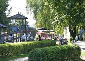 Schloss und Tierpark Rosegg