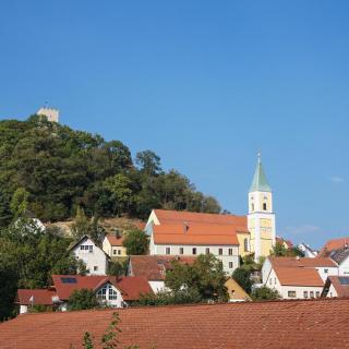 Falkenstein - Kirche und Burg