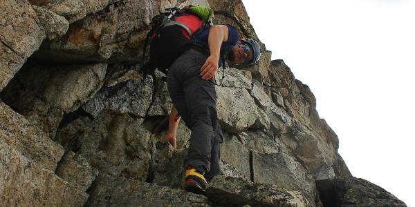 Gipfelaufschwung in gutem Fels