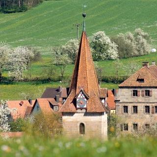 Schloss und Kirche Lauf-Neunhof