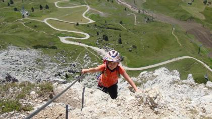 Klettersteige sind bei entsprechender Vorbereitung auch für Kinder toll
