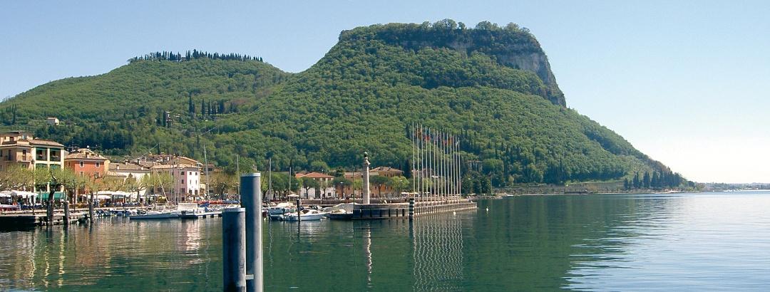 Blick auf die Rocca di Garda.