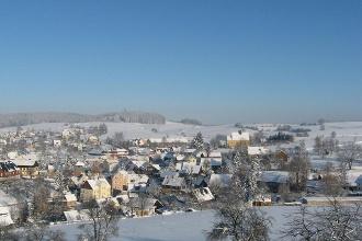 Foto Blick auf das winterliche Hinterhermsdorf