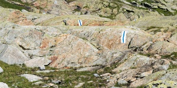 Im Karboden zwischen Horefellistock und Bergseelücke. Weg markiert aber weglos