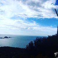 Blick vom Gipfel nach l'Ile Rousse.