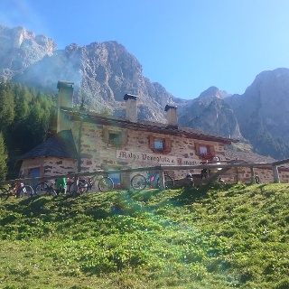 Malga Venegiota im Tal Val Venegia