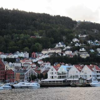 Bergen mit der Bergstation Floyen