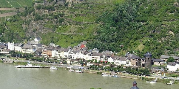 Blick auf Pfalzgrafenstein und Kaub