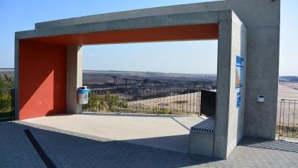 Das Welzower Fenster ermöglicht einen Panoramablick über den Tagebau