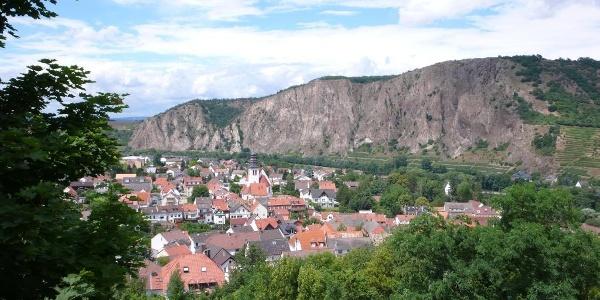 Rotenfelsmassiv von der Ebernburg aus gesehen.
