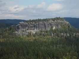 Foto der Große Lorenzstein (fotografiert von der Wartburg)
