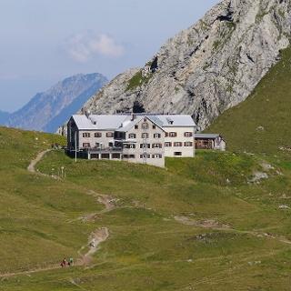 Die Rappenseehütte (2091 m) in den Allgäuer Alpen