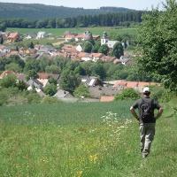 Wanderer mit Blick auf Greimerath