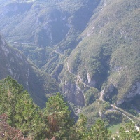 Blick auf die Schlucht des fiume Sarca