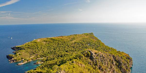 Blick auf das Cap des Pinar (Sperrgebiet)