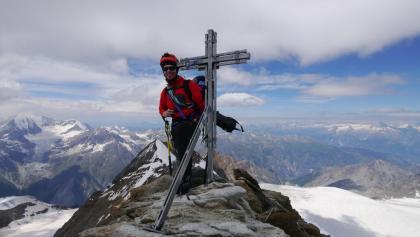 Auf dem Gipfel des Nadelhorns