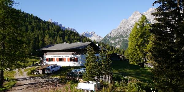 Die Rotwandwiesenhütte