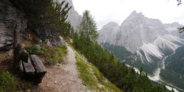 Aufstieg mit Blick auf den Zwölferkofel