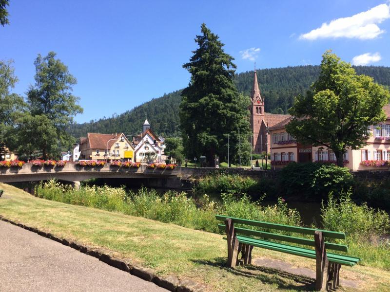Höfen über das Eyachtal zur Grünhütte