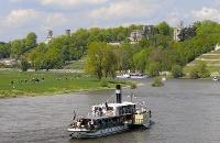 Foto Elbschlösser Dresden mit Sächsischer Dampfschiffahrt