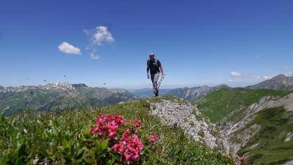 Auf dem wenig markanten Gipfel der Schänzlespitze