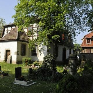 Gottesackerkirche auf dem Friedhof - Gräfentonna