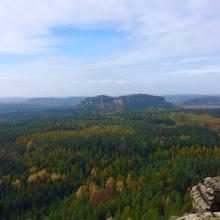 Foto von Wanderung: Sächsische Schweiz - Aus Bad Schandau zu den Tafelbergen Gohrisch, Papststein und Kleinhennersdorfer Stein • Sächsische Schweiz (31.10.2016 21:55:17 #2)