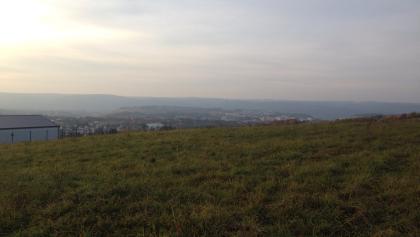 Blick in der Abenddämmerung vom Heidenkopf nach Trier-Tarforst